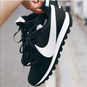 NWT Nike pre-love OX black
